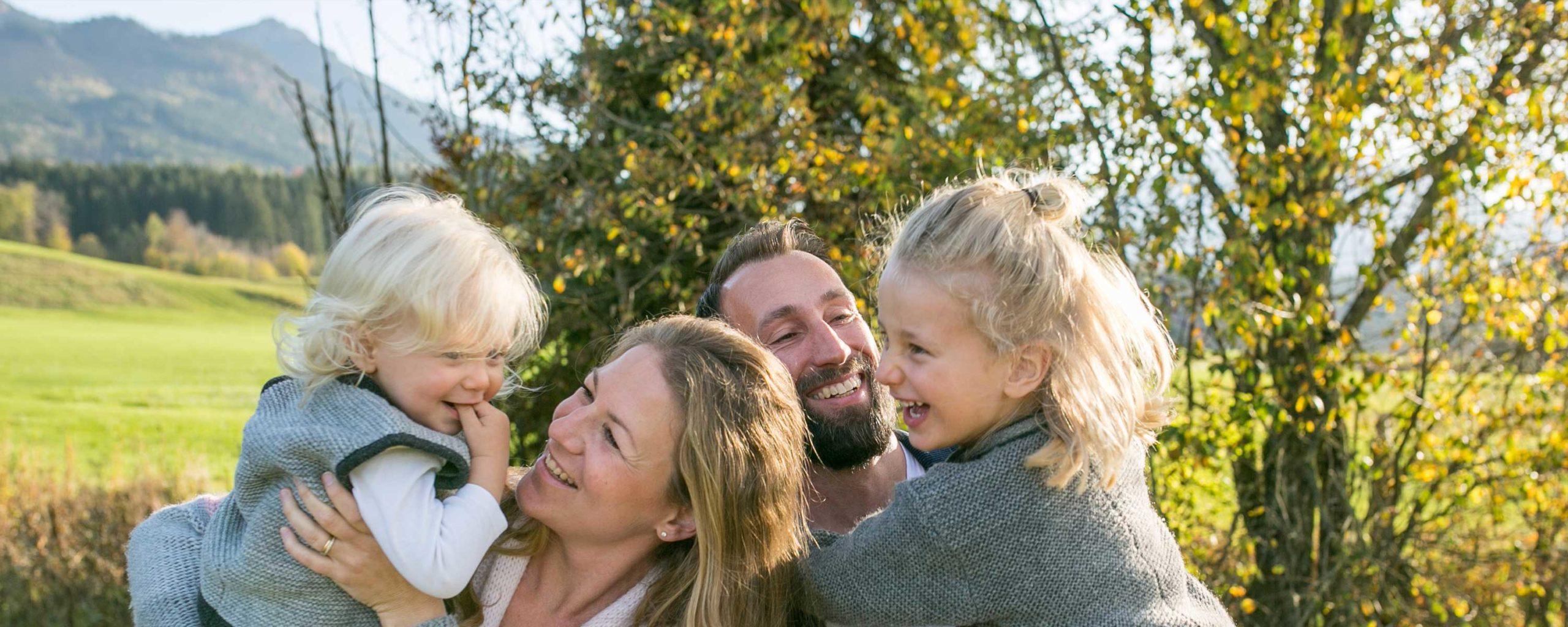 Familienbilder in den Bergen, Bayern, Alpen, Chiemgau